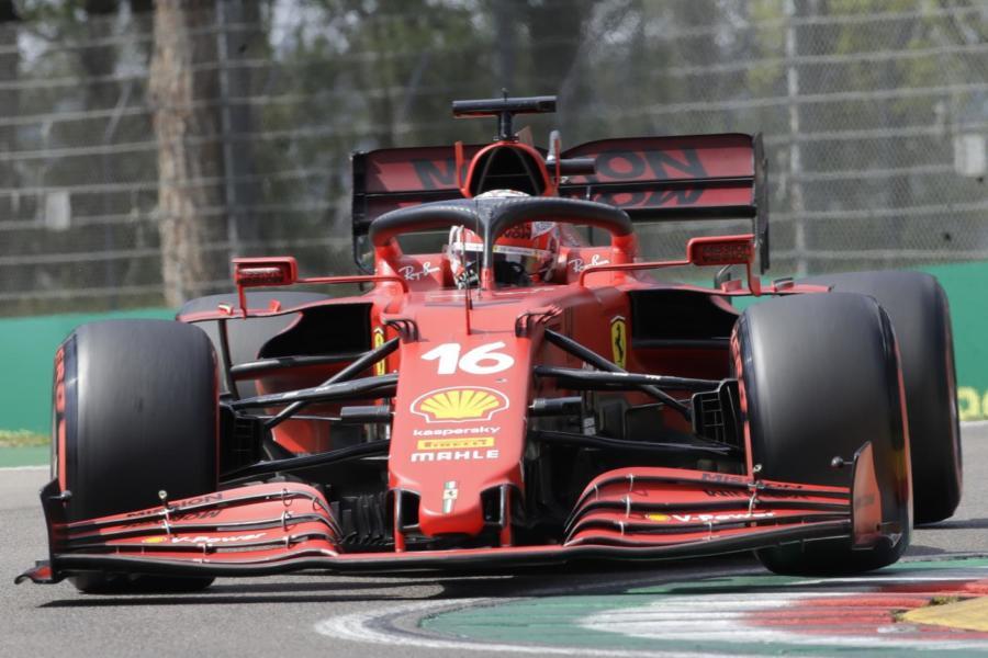 DIRETTA F1, GP Emilia Romagna LIVE: bandiera rossa, 2° Leclerc! Errore di Hamilton, ma che fortuna!