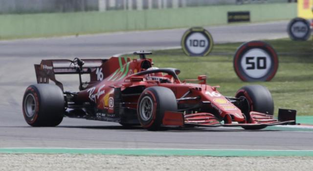 LIVE F1, GP Imola in DIRETTA: Alonso a punti dopo la penalizzazione di Raikkonen!