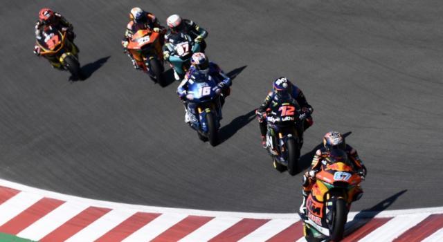 LIVE Moto2, GP Spagna in DIRETTA: Di Giannantonio trionfa a Jerez nel nome di Fausto Gresini! Bezzecchi 2°