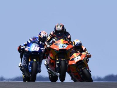 LIVE Moto2, GP Spagna in DIRETTA: Gardner firma la pole con il record della pista! Di Giannantonio e Bezzecchi in prima fila!