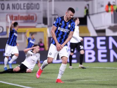 Calcio, Serie A 2021: un passo dell'Inter verso lo Scudetto. Vince la Juventus, si rilancia il Cagliari