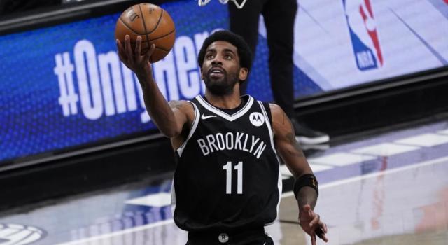 Basket, NBA: i Brooklyn Nets mettono fuori squadra Kyrie Irving fino alla prima dose di vaccino