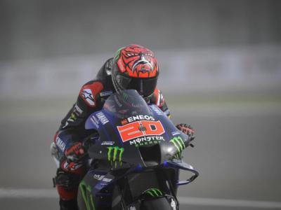 MotoGP, GP Doha 2021. Fabio Quartararo impone la sua legge. Due Ducati sul podio. 16° Valentino Rossi