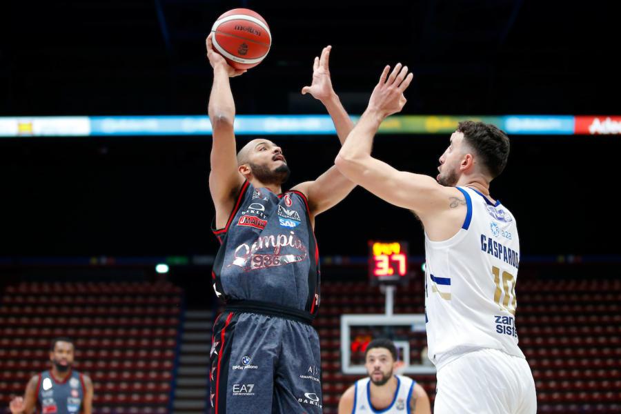 LIVE Brindisi Olimpia Milano, Serie A basket in DIRETTA: scontro diretto decisivo per il primo posto!