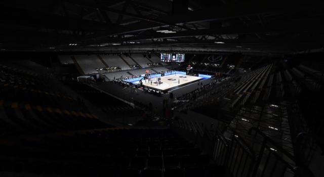 Basket: Virtus Bologna alla Segafredo Arena fino al 2024. La squadra femminile giocherà in Europa