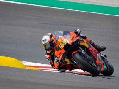Ordine d'arrivo MotoGP, GP Catalogna: Oliveira vince, Quartararo penalizzato. Valentino Rossi cade
