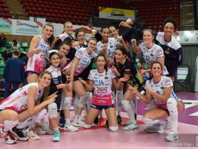 Volley femminile, Semifinale Scudetto: Novara vince la prima battaglia con Monza, 3-2 combattuto in gara-1