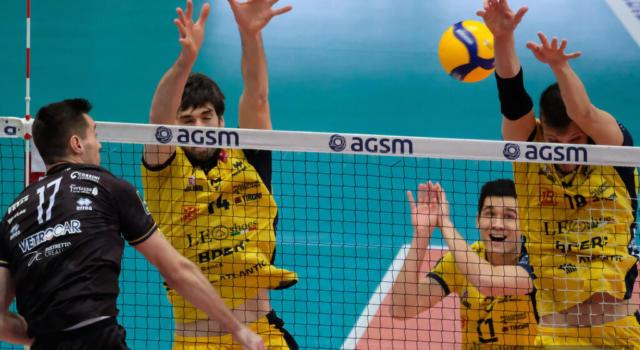 Volley, cinque positivi a Modena: dubbi per la trasferta a Vibo Valentia