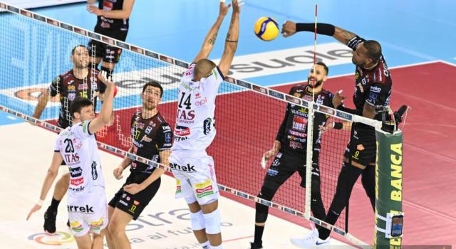 LIVE Civitanova-Trento 3-1, Superlega volley in DIRETTA: la Lube si porta ad una vittoria dalla finale!