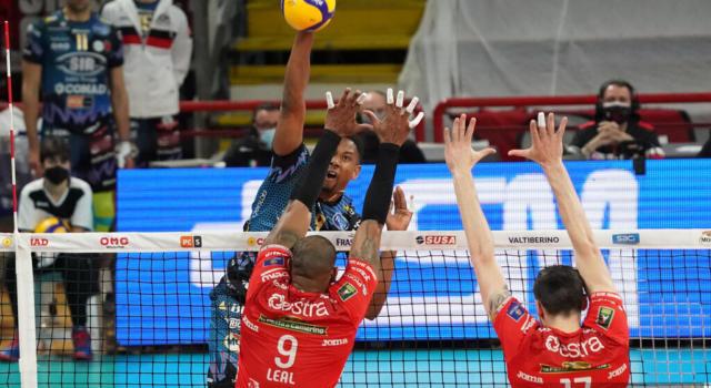 LIVE Civitanova-Perugia 2-3, Finale Superlega volley in DIRETTA: la Sir vince una battaglia e riapre la serie!