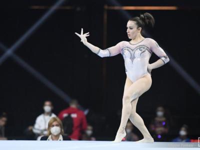 """LIVE Ginnastica artistica, Europei 2021 in DIRETTA: Vanessa Ferrari leggendaria. """"Dedico il bronzo all'Italia"""". Video esercizio"""