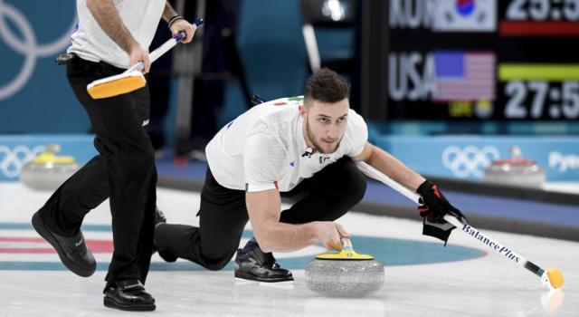 Curling, Mondiali 2021: l'Italia batte la Svizzera, poi cede contro gli USA. Azzurri in corsa per le Olimpiadi