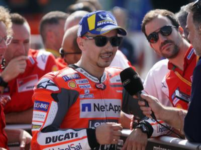 """MotoGP, Jorge Lorenzo: """"Valentino Rossi fa fatica sulla moto, è troppo lento nei movimenti"""""""