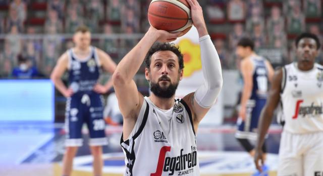 Basket: Virtus Bologna travolgente a Sassari nel posticipo della 25a giornata di Serie A