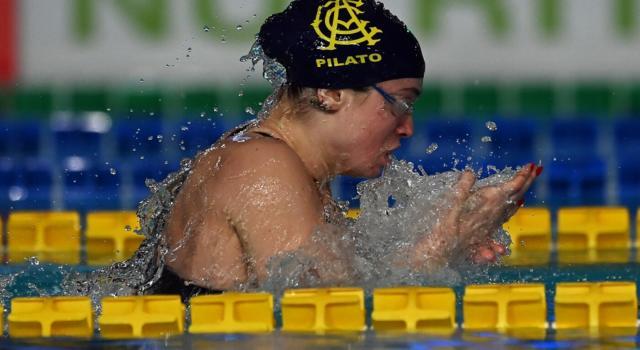 Nuoto, Benedetta Pilato sfiora il primato italiano nelle batterie dei 50 rana, Sara Franceschi in evidenza nei 200 misti