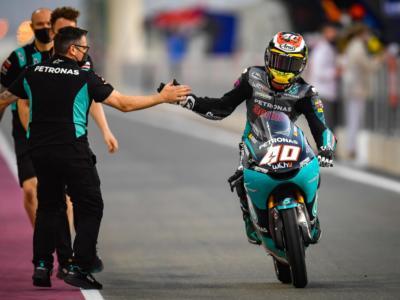 Moto3, risultati FP2 GP Doha 2021: Darryn Binder emerge dalla mischia, Fenati e Antonelli unici italiani nella top14