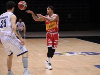 Basket: respinto il ricorso della Fortitudo Bologna per il caso Robinson, resta la vittoria di Pesaro