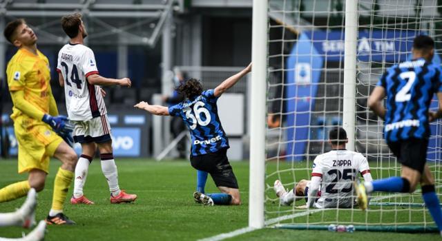Calcio, l'Inter si impone di misura contro il Cagliari: Darmian decide la sfida di San Siro