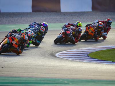 Moto3, Jaume Masià impressiona e fa il vuoto nella FP1 del GP di Doha, bene Foggia secondo, Fenati 9°