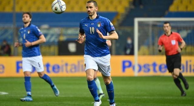 Calcio, Leonardo Bonucci positivo al Covid: c'è preoccupazione dopo i casi nello staff della Nazionale di Roberto Mancini