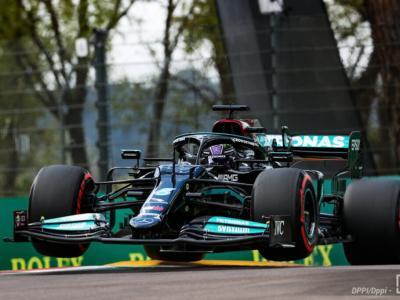VIDEO F1, GP Imola 2021: highlights delle qualifiche. Hamilton fa 99ma pole in carriera, Leclerc 4°, Sainz 11°