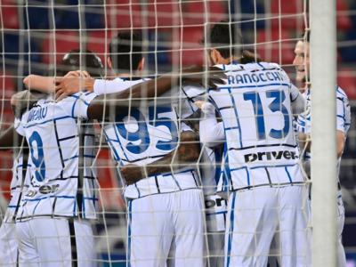 Calcio, l'Inter sbanca il Dall'Ara grazie a Lukaku: gli uomini di Antonio Conte in fuga in Serie A