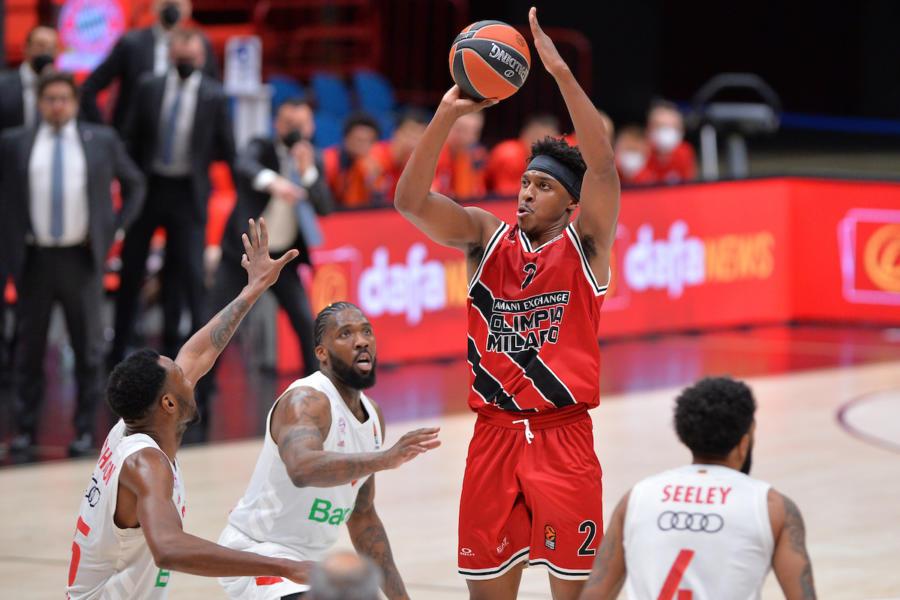 LIVE Olimpia Milano Bayern Monaco 80 69, Eurolega basket in DIRETTA: i meneghini volano sul 2 0 nella serie!