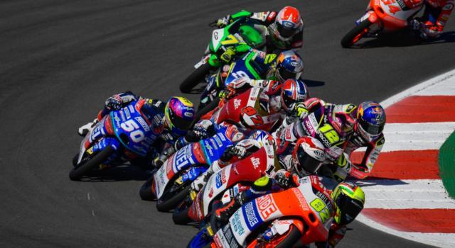 LIVE Moto3, GP Spagna 2021 in DIRETTA: Rodrigo e Antonelli dominano la FP2, bene Foggia e Migno, Acosta risale