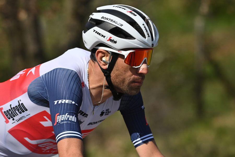 """Vincenzo Nibali: """"Via libera per tornare su strada"""". Lo Squalo tenta il recupero per il Giro d'Italia"""