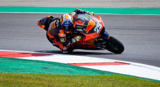 Moto2, Raul Fernandez è il più rapido su pista umida in FP3. 4° Tony Arbolino, 8° Bezzecchi