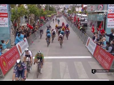 Giro di Turchia 2021: Jasper Philipsen trova la doppietta in volata, quinto Vincenzo Albanese