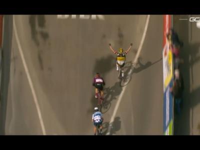 Amstel Gold Race 2021: Marianne Vos trionfa nella classica di casa. Quinta Paladin, ottava Longo Borghini