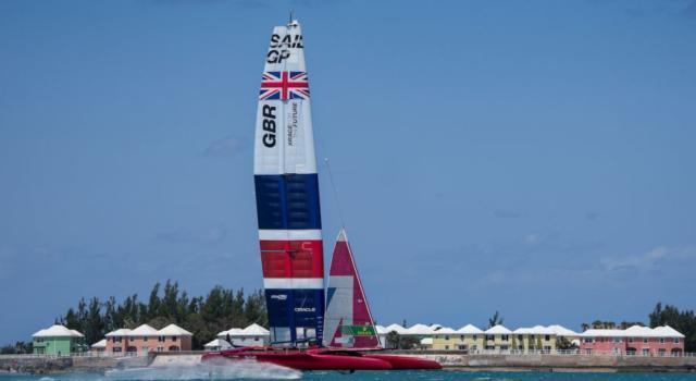 SailGP, Ben Ainslie trionfa alle Bermuda! Beffato Tom Slingsby nella finale, ritiro per Bruni e Spithill