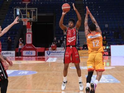 Basket, Serie A 2021: Milano rimonta Pesaro e resta prima in solitaria
