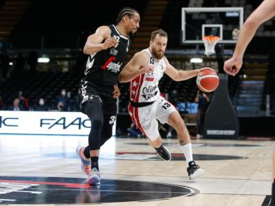 LIVE Olimpia Milano-Virtus Bologna 94-84, Serie A basket in DIRETTA: l'Armani si aggiudica il Derby d'Italia con 35 di Shavon Shields