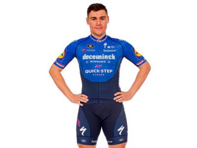 Ciclismo, Fabio Jakobsen uomo simbolo del Giro di Turchia, consola lo sfortunatissimo Noah Granigan