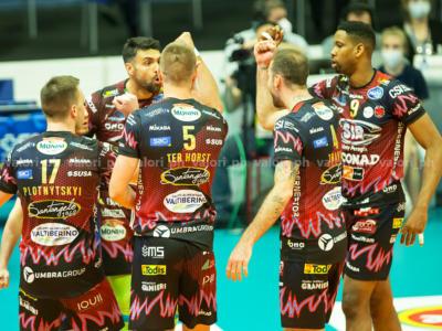 LIVE Perugia-Monza 25-19 25-21 25-21, Superlega volley in DIRETTA: gli umbri volano in finale