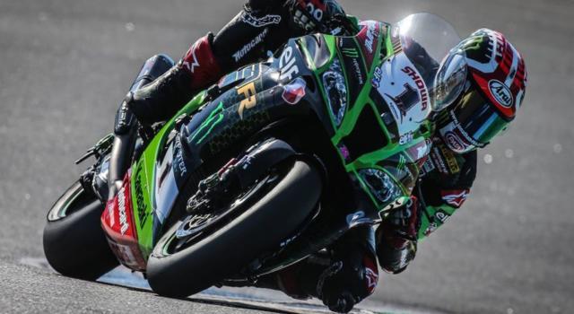 Superbike, Jonathan Rea si prende la Superpole del GP d'Olanda 2021 beffando Razgatlioglu. Terza e quarta le Ducati