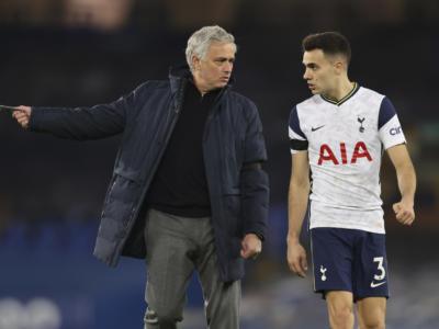 Calcio, José Mourinho è il nuovo allenatore della Roma