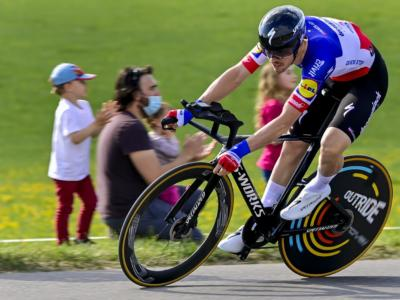 Giro di Romandia 2021: Remi Cavagna conquista la cronometro conclusiva, classifica generale a Geraint Thomas. 3° Fausto Masnada