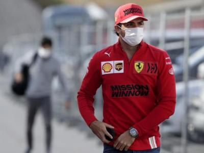"""F1, Carlos Sainz: """"Abbiamo sbagliato tutto. La Ferrari era da top5"""""""