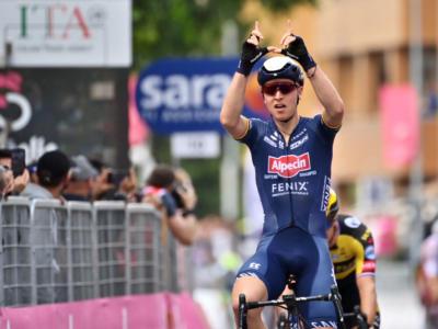 Giro d'Italia 2021: ordine d'arrivo e classifica tappa di oggi. Tim Merlier batte Nizzolo e Viviani. Cinque italiani in top 10