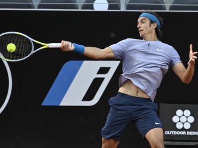 ATP Lione 2021, la pioggia frena Sinner-Karatsev. Musetti supera Auger-Aliassime, Khachanov soffre ma vince, torna al successo Monfils