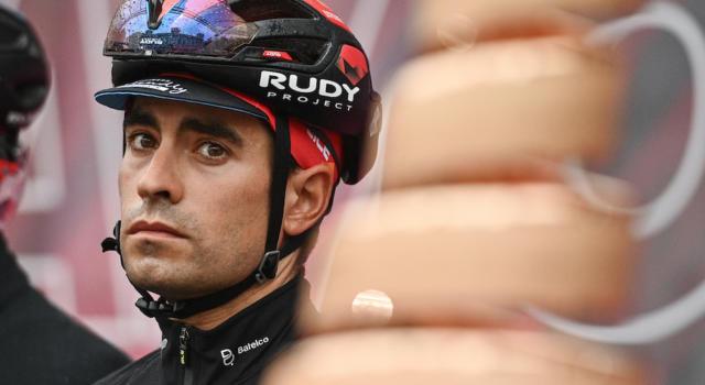 Giro d'Italia 2021, Mikel Landa si ritira: finisce in ospedale dopo una brutta caduta