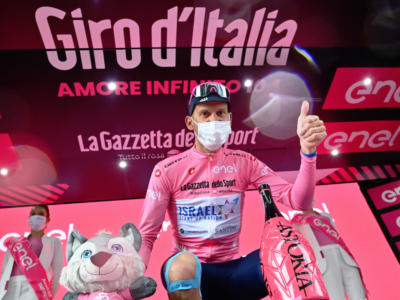 Giro d'Italia 2021, il premio alla carriera del Rosso di Buja. Alessandro De Marchi, un duro che non si è arreso