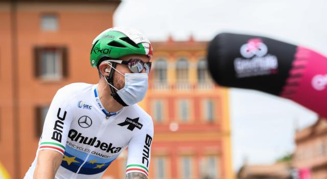 Giro d'Italia 2021, tutte le classifiche dopo la quinta tappa: Dombrowski e Landa escono di scena. Giacomo Nizzolo veste la maglia ciclamino
