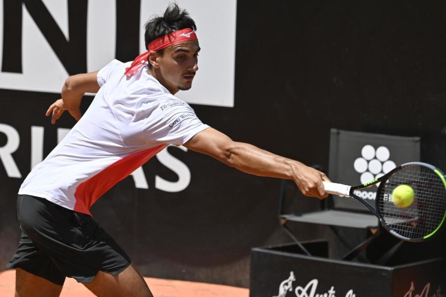 Tennis, Lorenzo Sonego rinuncia all'ATP di Lione. Lorenzo Musetti entra in tabellone