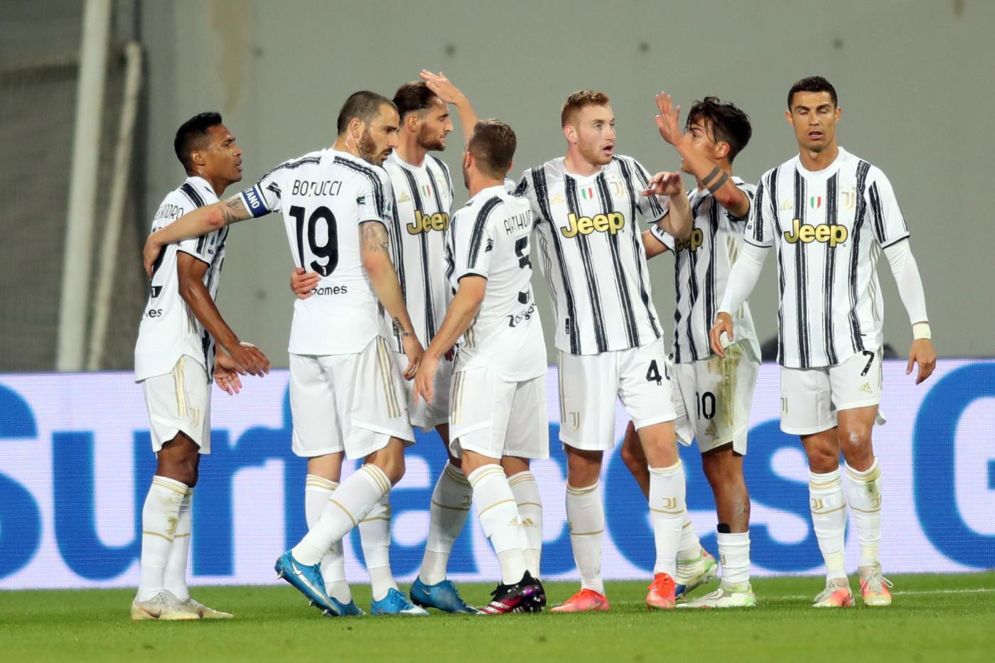 LIVE Juventus Inter 3 2, Serie A calcio in DIRETTA: Cuadrado su rigore porta i bianconeri in vantaggio!