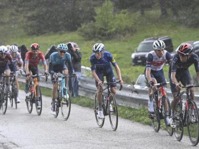 """DIRETTA Giro d'Italia 2021 LIVE: Nibali 16°, Ciccone lotta per il podio. Magrini: """"Yates si sta nascondendo"""""""