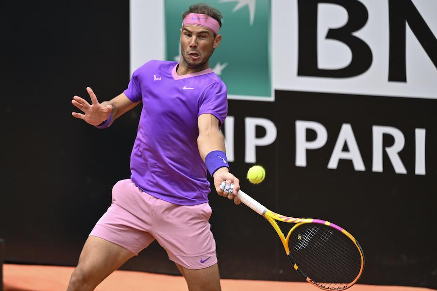 LIVE Nadal Opelka 5 4, Internazionali d'Italia in DIRETTA: lo spagnolo serve per il set